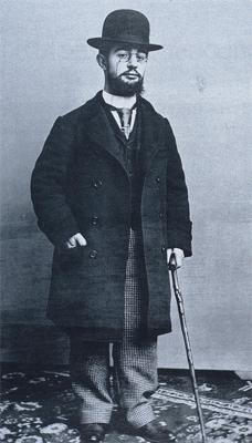 Henri Toulouse-Lautrec, who ran a little short in general. (Public Domain, source: Wikipedia)