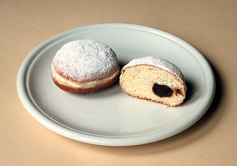 A Berliner. Source: User Rainer Zenz on de.wikipedia; licensed under the Creative Commons Attribution-Share Alike 3.0 Unported license.