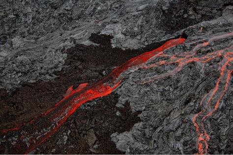 Pāhoehoe_and_Aa_flows_at_Hawaii