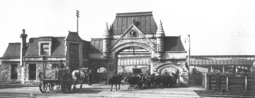 Union_Stock_Yard_Gate